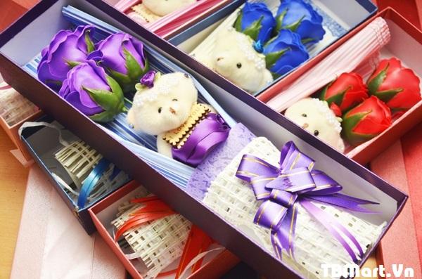 Hoa Hồng Sáp Thơm hộp 3 Bông có gấu và không gấu.